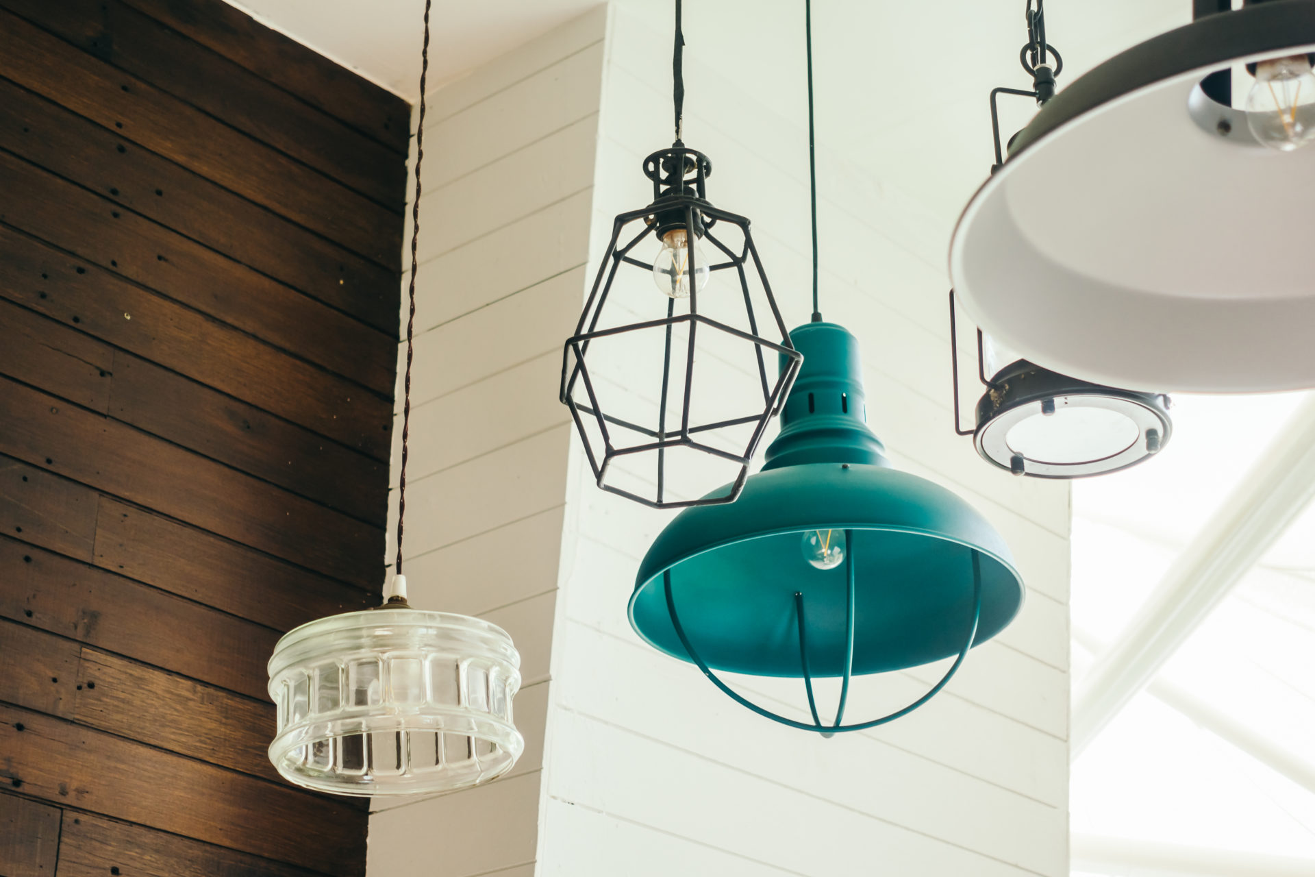 Lampen für jeden Wohnstil – So findest du die passende Lampe für dein Zuhause