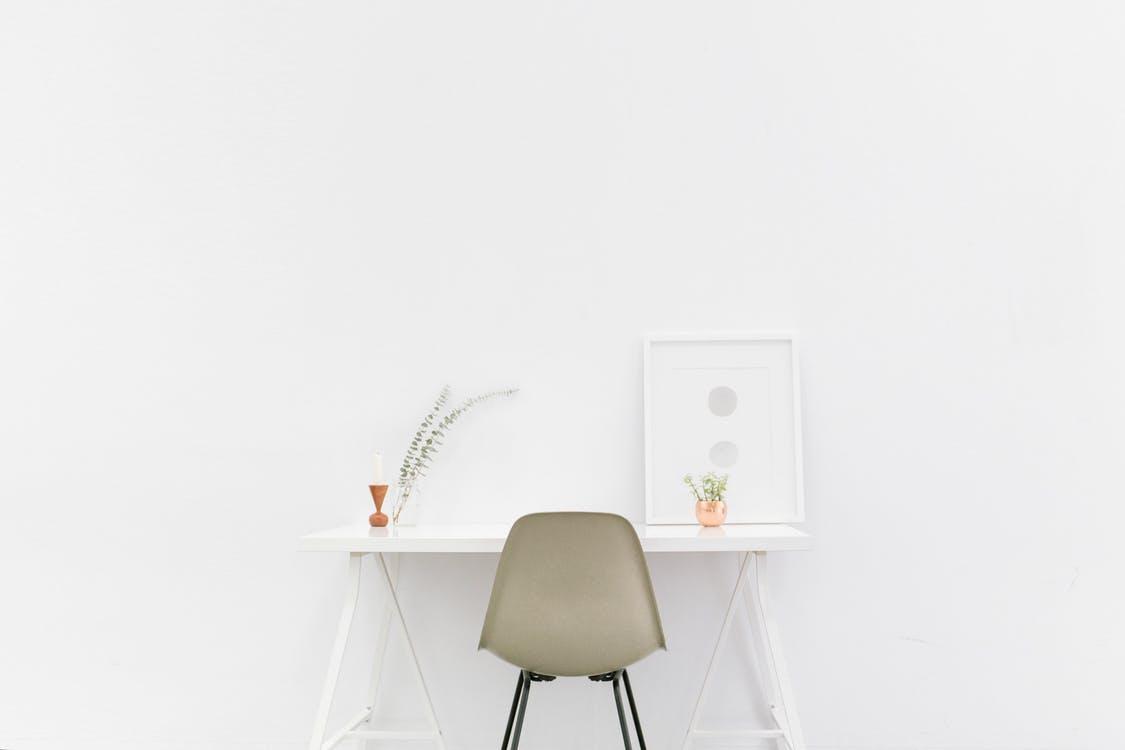 Minimalistisch Wohnen: klare Linien und ästhetisches Design zum Wohlfühlen