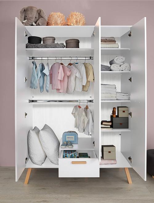 Kleiderschrank in weiß mit Buche aus der Serie MANISA-19