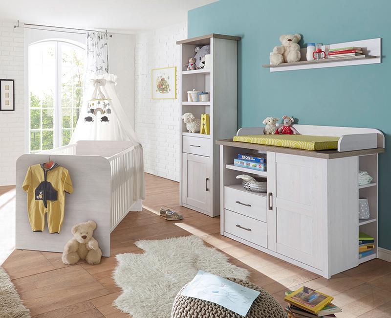 Weiße Landhausmöbel für das Babyzimmer von der Möbelserie LUND-78