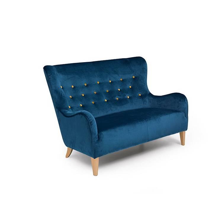 Dunkelblaues Sofa mit gelben Knöpfen und abgerundeten Formen